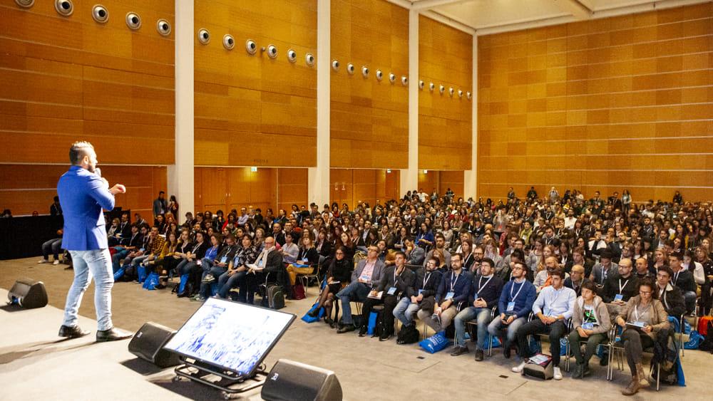 SocialMediaStrategies-sala-plenaria-2