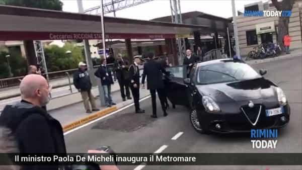 VIDEO | Il Metromare è realtà: partita la tratta Rimini-Riccione