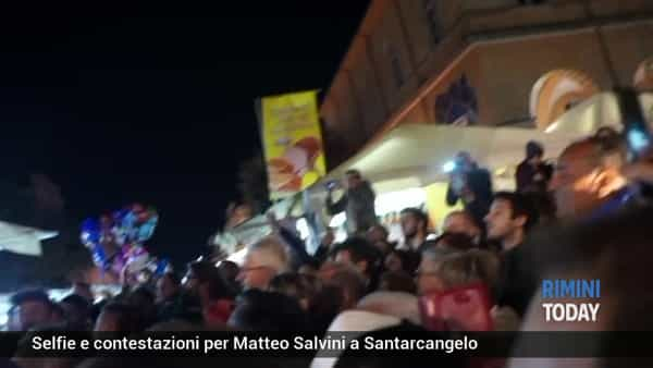 VIDEO | Salvini, applausi e contestazioni a Santarcangelo
