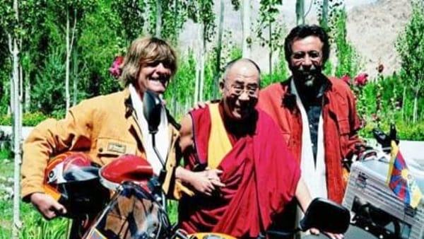 Voci del verbo andare: racconto di un incontro singolare con il Dalai Lama