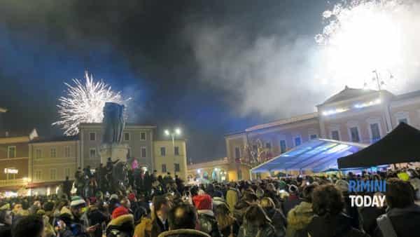 A Capodanno Santarcangelo si trasforma in una discoteca con i dj del Velvet e del Bradipop