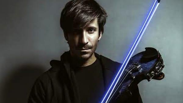 Il violino elettrico di Andrea Casta porta la fantascienza al Polo Est 3.0