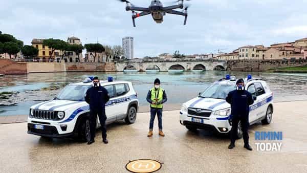 VIDEO   Ecco come il drone della Municipale scova i furbetti della passeggiata