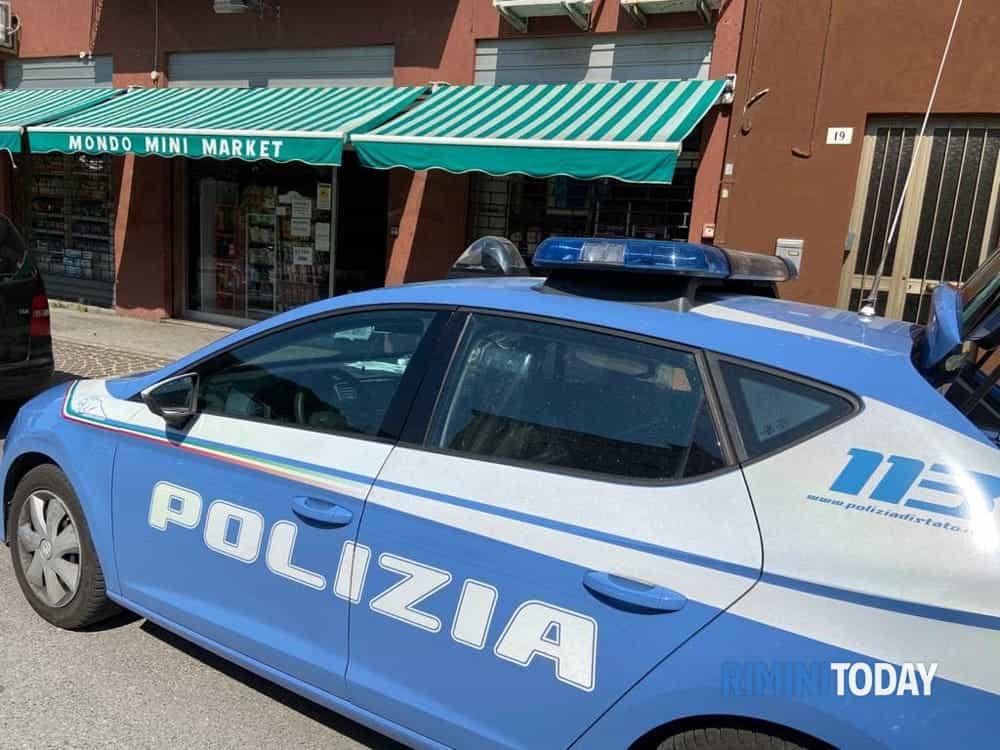 polizia minimarket-2