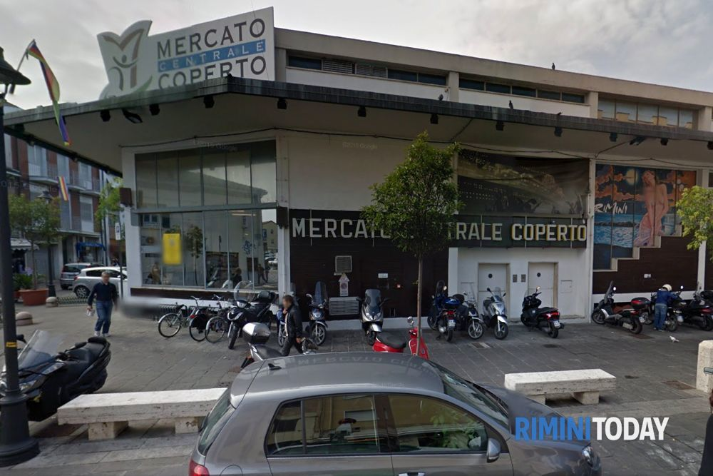 """Erbetta denuncia: """"Due nomadi hanno cercato di accoltellare la security del Mercato coperto"""""""