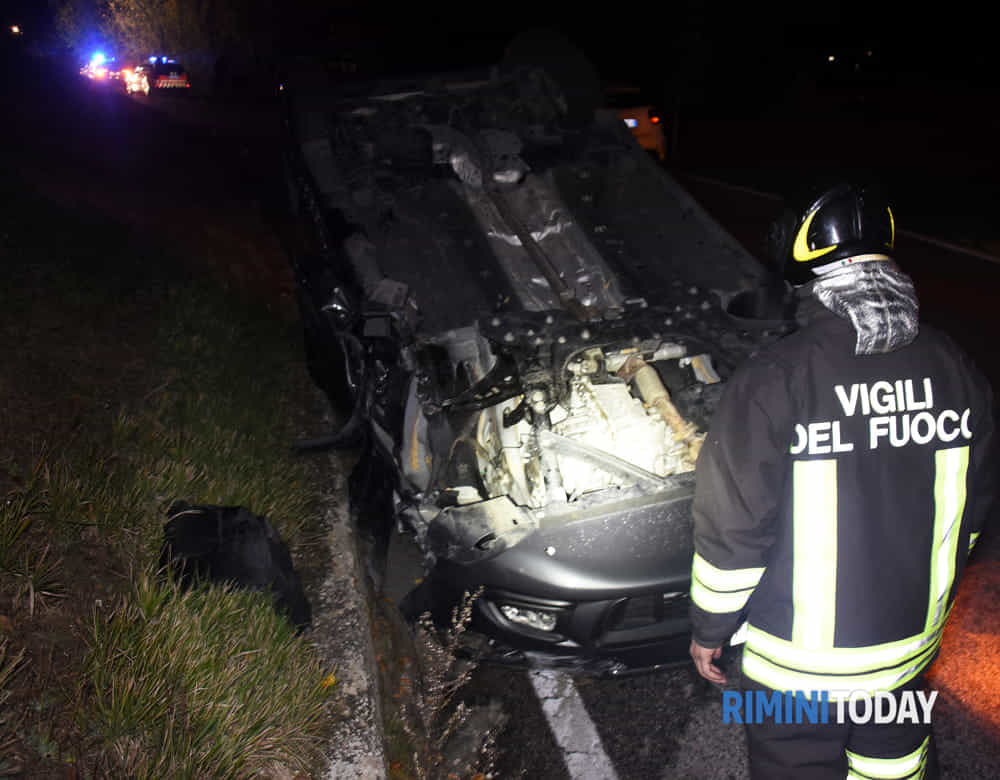 Incidente stradale via trasversale marecchia 007-2