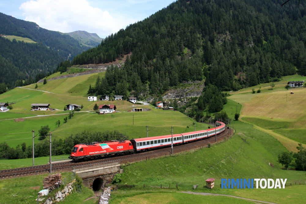 Per i turisti tedeschi riparte il treno estivo giornaliero Monaco-Rimini