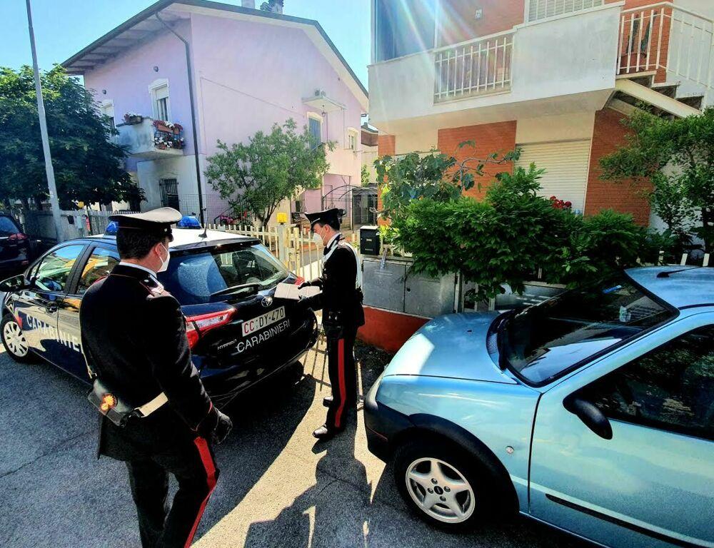 Omicidio a Miramare: trovata l'arma del delitto. Indagini serrate