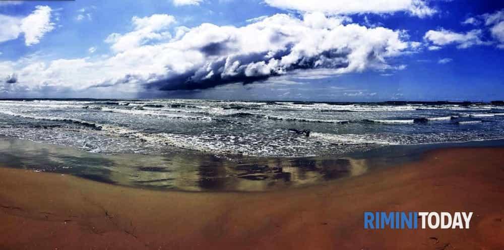 La Riviera ai margini del maltempo, week end instabile con piogge in arrivo lunedì