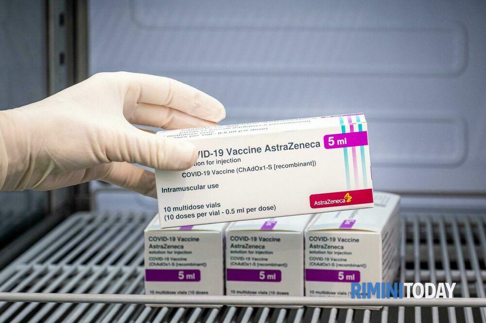 Vaccinazioni covid, gli Open Day già programmati ma con l'uso esclusivo di Pfizer e Moderna