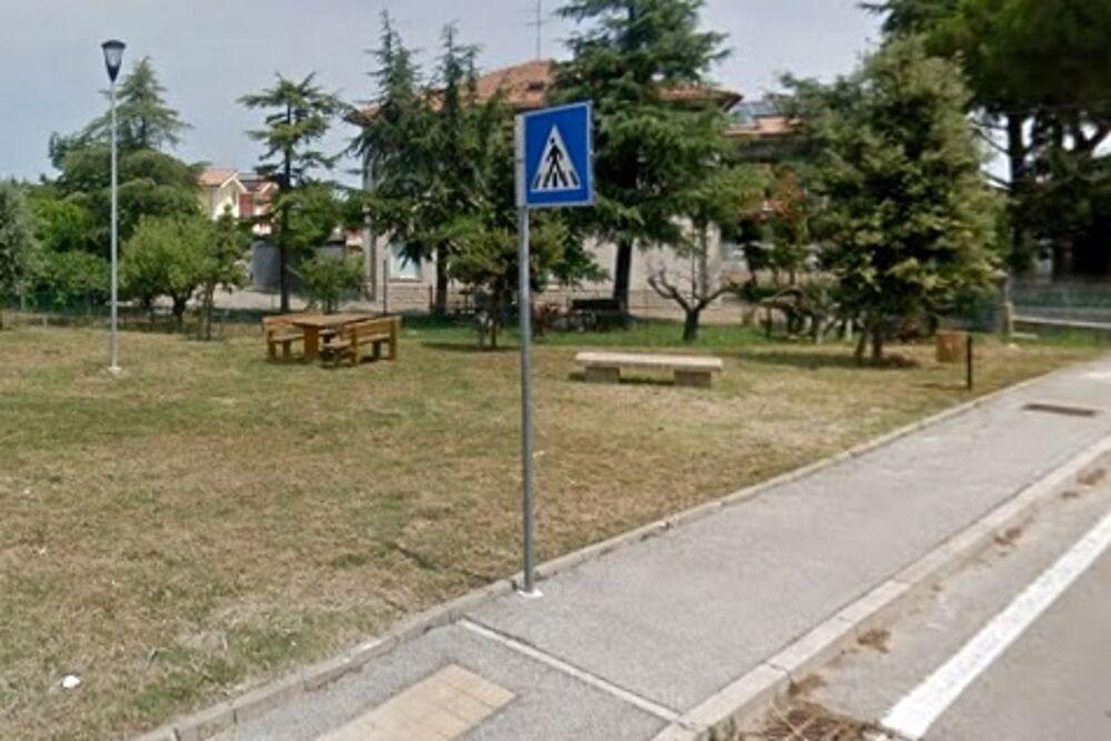 Morto mentre soccorreva un cagnolino: un'area verde in memoria di Stefano Cerni