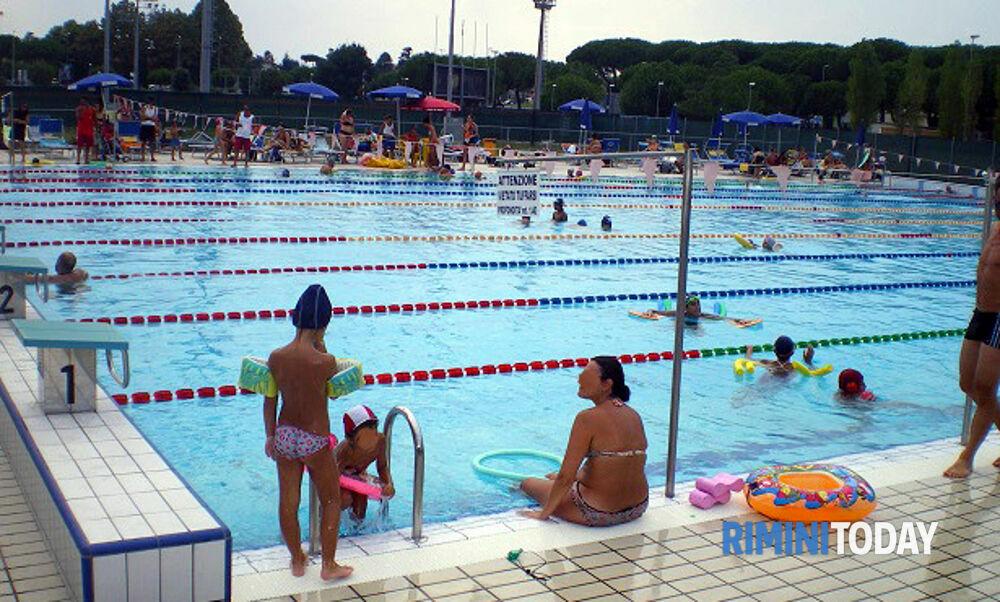 Lo Stadio del Nuoto dà il via all'estate: apre al pubblico l'impianto esterno