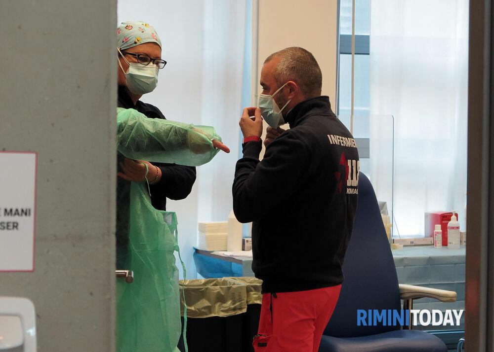 Vaccinazione direttamente nelle aziende, l'Emilia-Romagna si organizza per essere pronta a partire