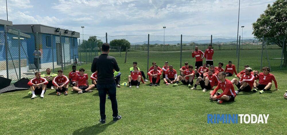 Rimini FC e Atleti al tuo fianco insieme per la lotta contro il cancro
