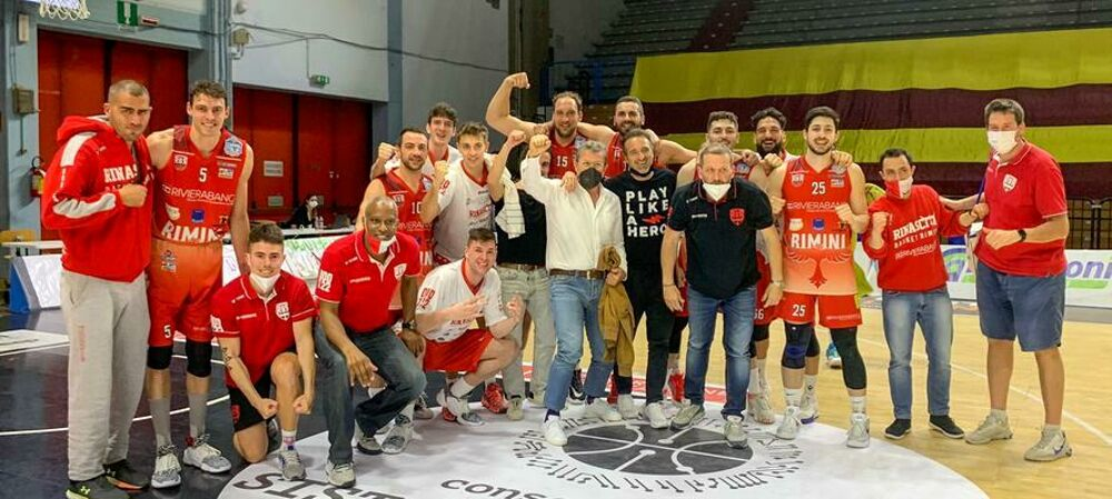 Basket, la Rinascita butta fuori Cremona in gara 3 e si qualifica alle semifinali di playoff