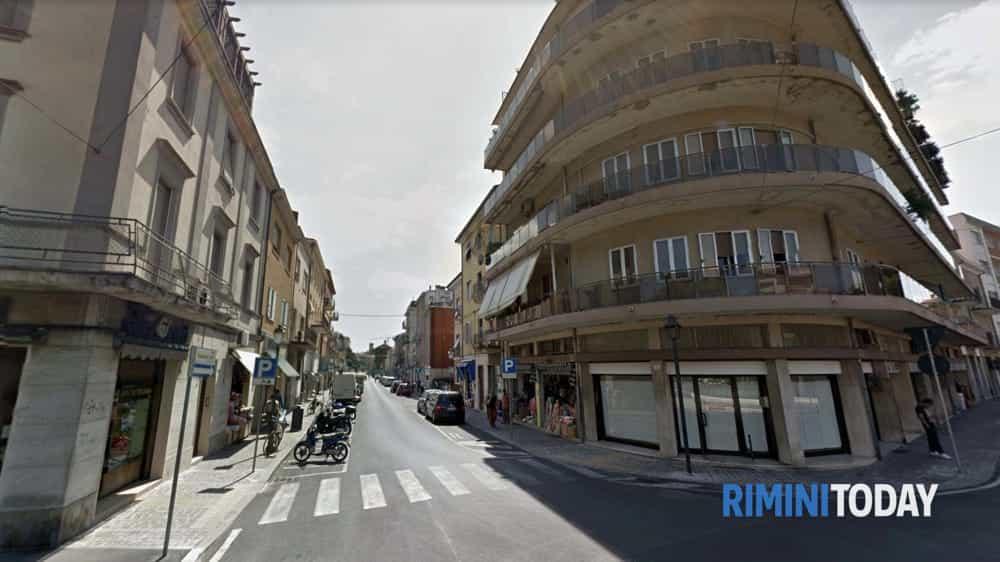"""Gli imprenditori di Borgo Marina si incontrano: """"Risse a tutte le ore, spaccio e assembramenti"""""""