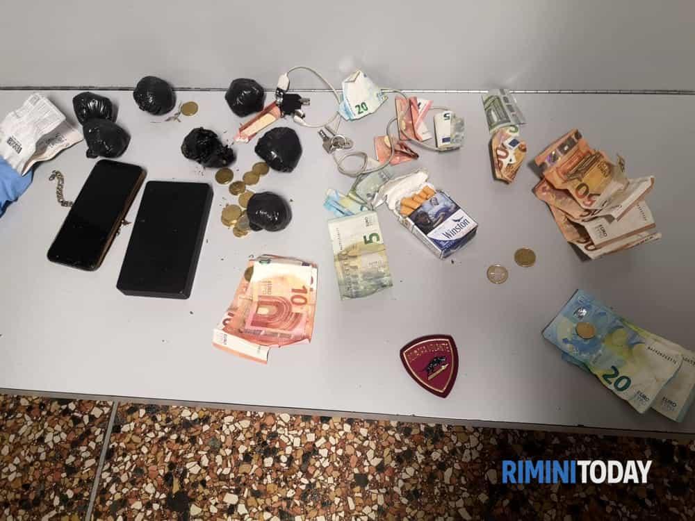 droga soldi polizia di stato-2