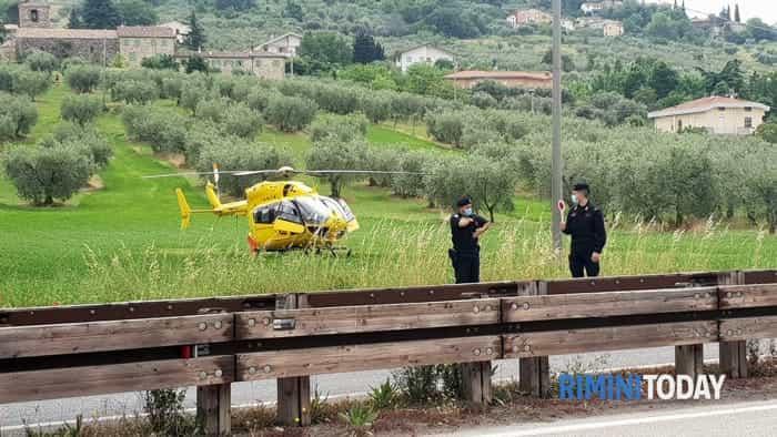 incidente stradale pedone investito marecchiese villa verucchio municipale elicottero soccorsi 13 maggio foto - 0187