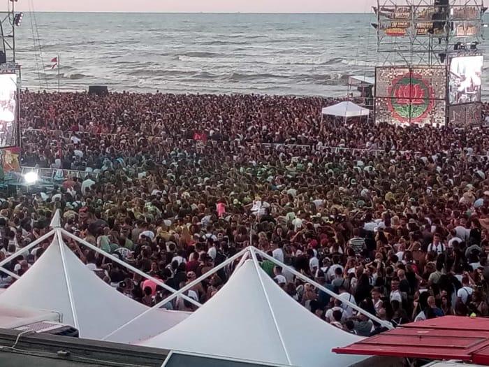jova beach party - 2